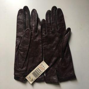 NWT Vintage Brown Gloves